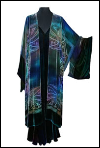 wearable art plus size, creative plus size